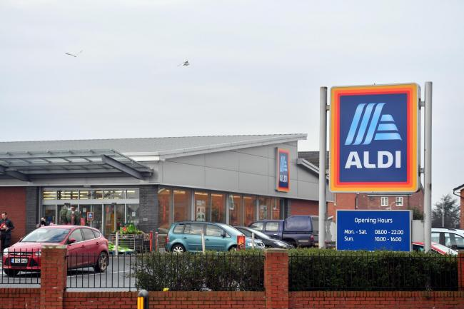 Plastic-free vegetables are to be trialled in Aldi's Carlisle stores