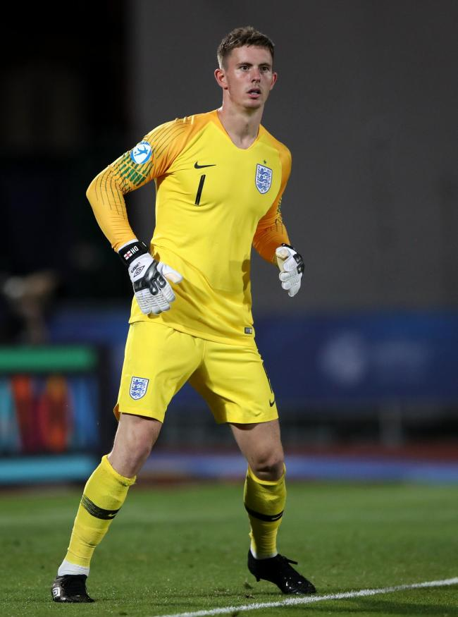 check out efb68 9f202 Dean Henderson again starts for England's Under-21s who end ...