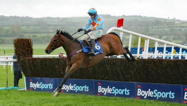 UN DE SCEAUX: Can notch a fourth win in the Matchbook Clarence House Chase at Ascot