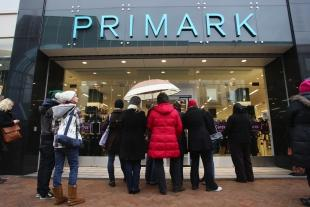 News and Star: GOOD NEWS IN STORE: Shoppers at the new Primark shop in Commercial Road, Bournemouth