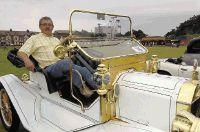Hundreds turn out for vintage rally
