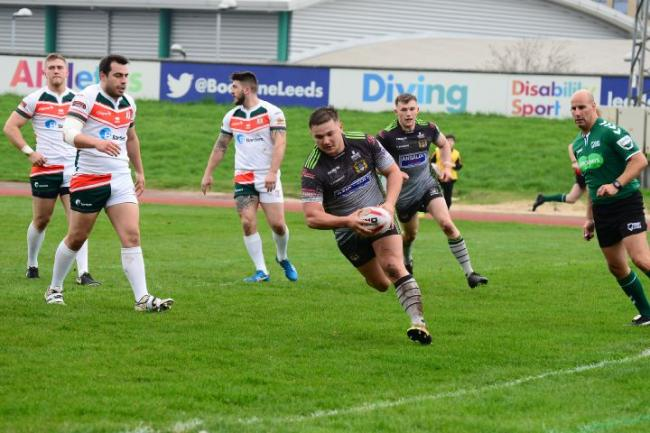 Try time: Town's Jamie Doran runs in for his first-half touchdown at Hunslet (Photo: Gary McKeating)