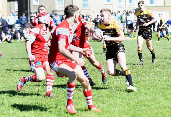 DARTING RUN: Wath Brow's Dean Rooney on a good break that led to him scoring under the posts against Kells                                   Mike McKenzie